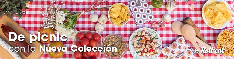 Comiendo un picnic con porta bocadillos estampado de Barcelona